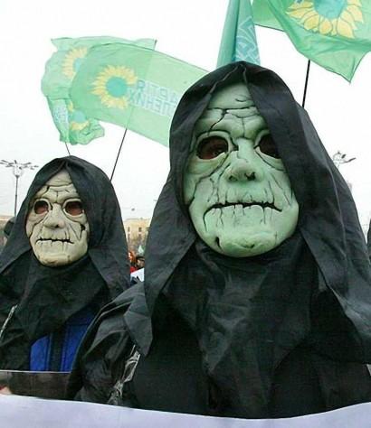 060206, ecologistas ucranianos contra re-utilizaciAn Tchernobyl