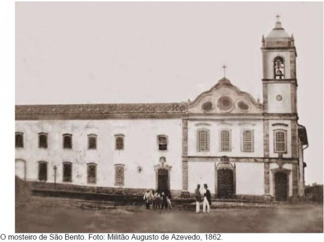 Tebas talhou a pedra de fundação do Mosteiro São Bento