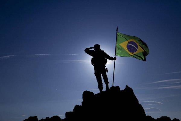 142502785-stock-photo-conqueror-with-a-flag
