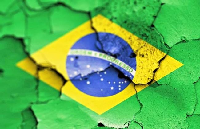 1452600526269-crise-brasil (2)