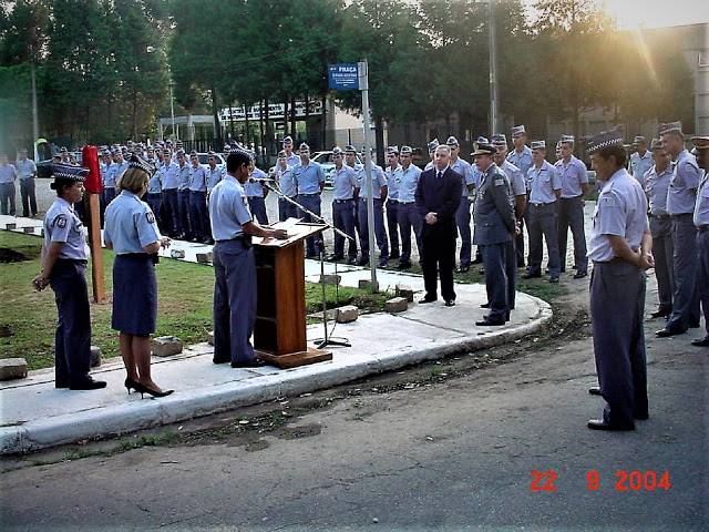 Pinheiro Pedro e Cel.PM Mele homenageados na APMBB com Placa em Praça da Academia e plantio de árvores