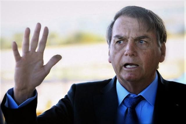 Bolsonaro-sobre-PF-Quem-manda-sou-eu-Ou-vou-ser-presidente-banana-16-08-2019