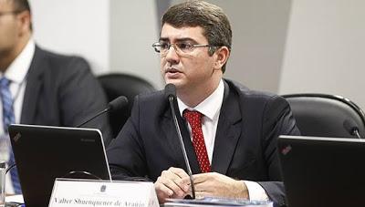 Conselheiro Valter Shuenquener de Araújo
