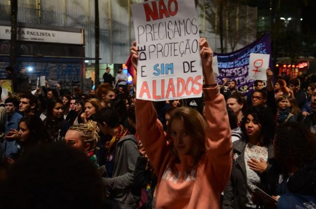 Protesto na Av. Paulista contra a cultura do estupro;