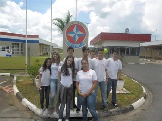 alunos-tecnico-informatica-visita-fabrica-estrela-03-538x404