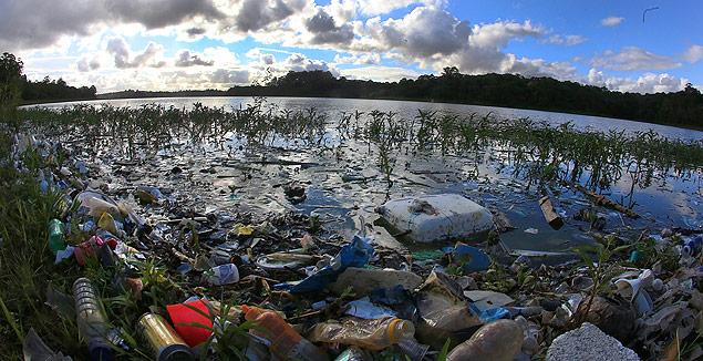 Lixo na Represa Billings