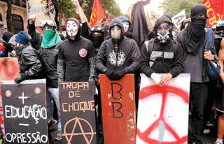 Black Blocs - violência contra qualquer ordem