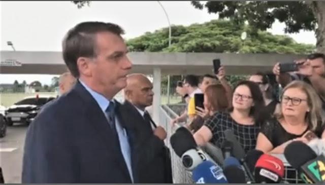 """Bolsonaro desafia os governadores - """"zero os impostos federais se os governadores zerarem o ICMS sobre combustíveis!"""""""