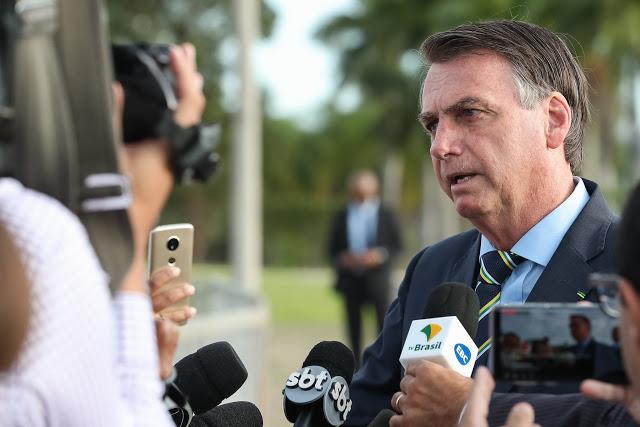 Bolsonaro fala sobre a morte do ex-policial na Bahia e pede nova perícia (foto - Marcos Corrêa/PR/Flickr)