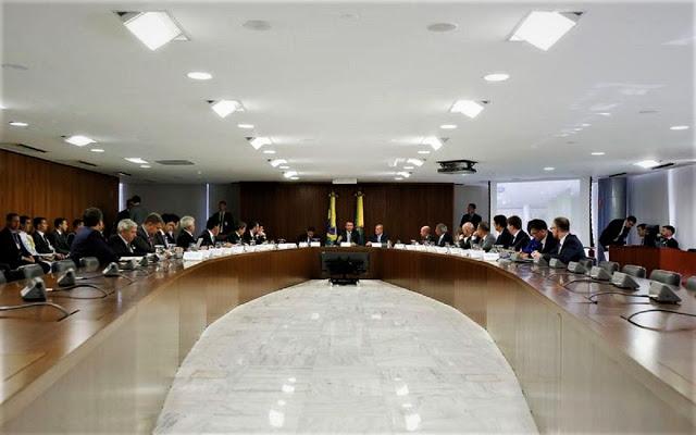 bolsonaro-reuniao-ministros