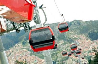 Primeiros testes do sistema de teleféricos de La Paz até El Alto.
