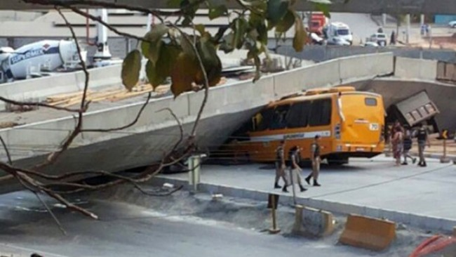 brasil-viaduto-desaba-bh-20140703-001-original