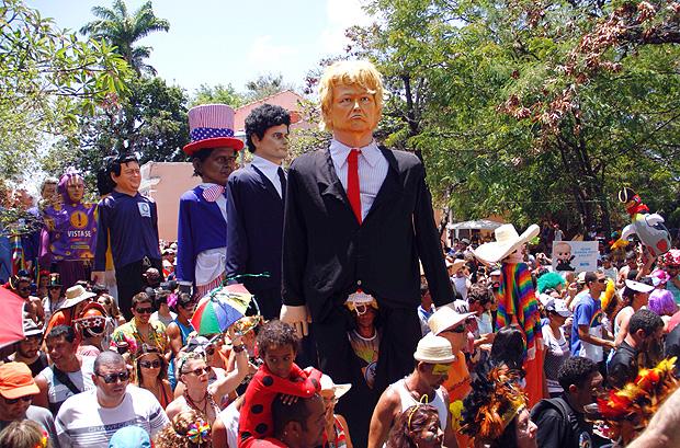 Bonecos de Olinda (imagem da Internet)
