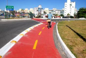 Ciclovia na Avenida Fernando Ferrari e acesso à UFES Jardim da Penha
