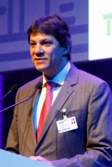 Prefeito de São Paulo, Fernando Haddad (foto), acredita que a economia atual depende do intercâmbio de pessoas promovido pelas cidades.