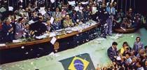 """Promulgação da """"Constituição Cidadã"""" - fruto da Nova República """"jacobina"""" cuja parábola chega a um final funesto"""