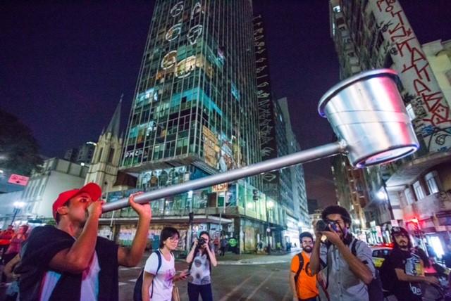 Protesto na Cracolândia - contra a ação policial e... em favor do que?