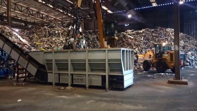 EcoParque de Piracicaba é referência no tratamento do lixo.