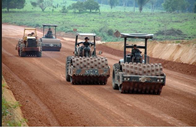 Batalhões de engenharia e construção em operação na Amazônia.