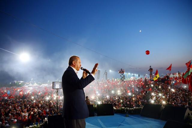 Recep Tayyip Erdoğan - o populismo em estado bruto vigora na Turquia