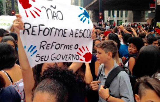 Escândalo reflete o desprezo do governo pela rede de ensino público paulista