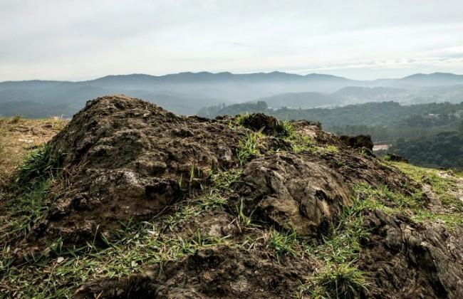 Guarulhos | As primeiras minas: Rochas como estas registram o início do garimpo de ouro no país, em meados do século XVI