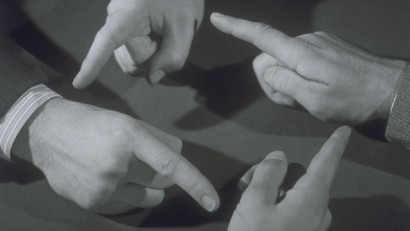 finger-pointing (1)