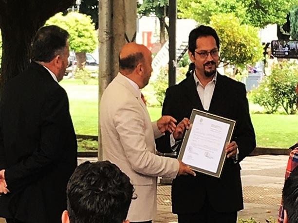 Guido Asencio Gallardo como Cidadão de destaque por sua constante contribuição à comuna de La Unión, em fevereiro de 2020.