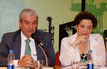 Pedro Ubiratan Escorel de Azevedo, da Procuradoria do Estado de São Paulo e Ana Cristina Pasini da Costa, Diretora de Avaliação de Impacto Ambiental na CETESB