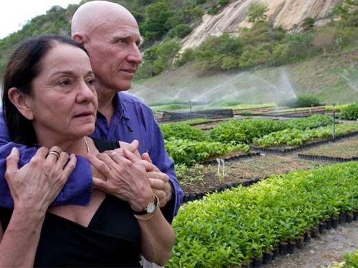 O fotógrafo Sebastião Salgado e sua esposa (Foto: Ricardo Beliel)