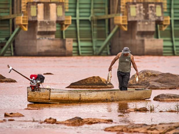 Fotógrafo registra imagens dos impactos da lama da Samarco (Foto: Leonardo Merçon/ Últimos Refúgios)