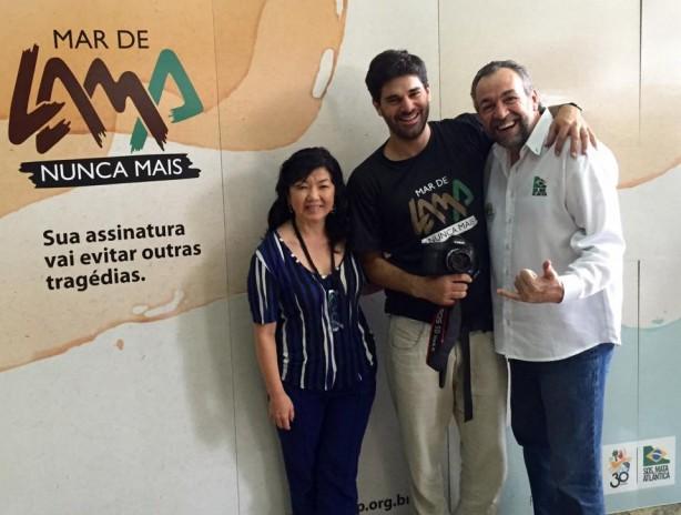Foto: Marcia Hirota, diretora-executiva da Fundação SOS Mata Atlântica, o cineasta André D'elia, e Mario Mantovani, diretor de Políticas Públicas da Fundação. (divulgação)