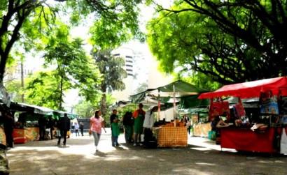 Feira de alimentos orgânicos no Modelódromo do Ibirapuera