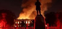 Museu Nacional queima integralmente no Rio de Janeiro (Reuters/R.Moraes)
