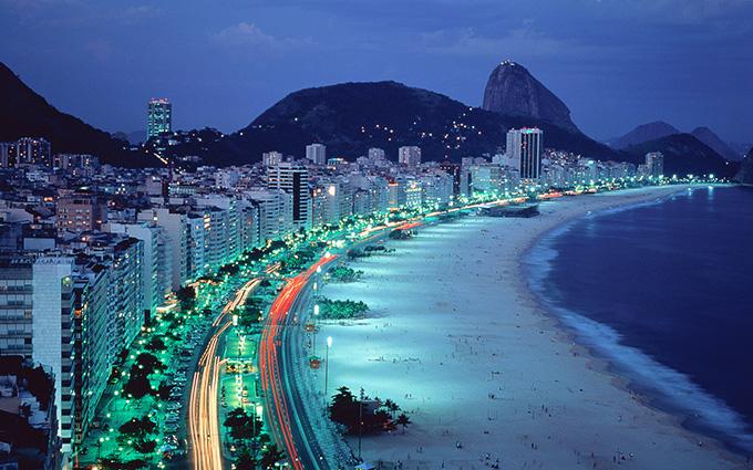 Palco das Olímpíadas, contaminação das águas cariocas preocupa comitês olímpicos.