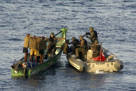piratas somalis - repressão