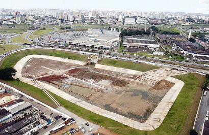 Dos 51 piscinões da Região Metropolitana, 20 estão em São Paulo (Foto: Site Infraestrutura Urbana)