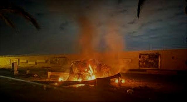 Carro que transportava Qasen Soleimani arde em chamas após ser atingido por um drone americano em Bagdad
