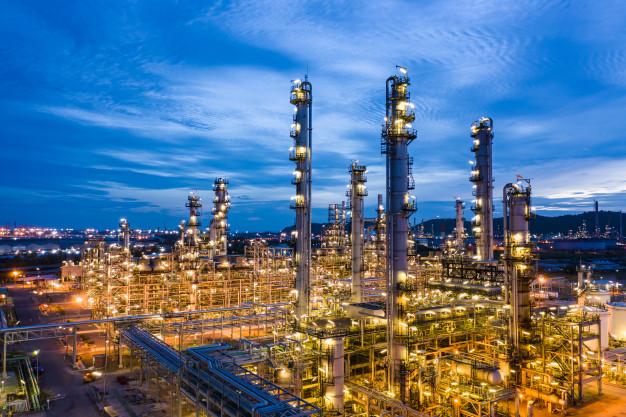 Refinarias de petróleo já estão sendo adaptadas para o refino de combustível proveniente dos resíduos sólidos