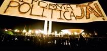 As manifestações de 2013 mostraram a insatisfação da sociedade com a política brasileira.