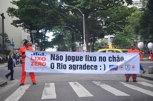 rio_lixo_foto