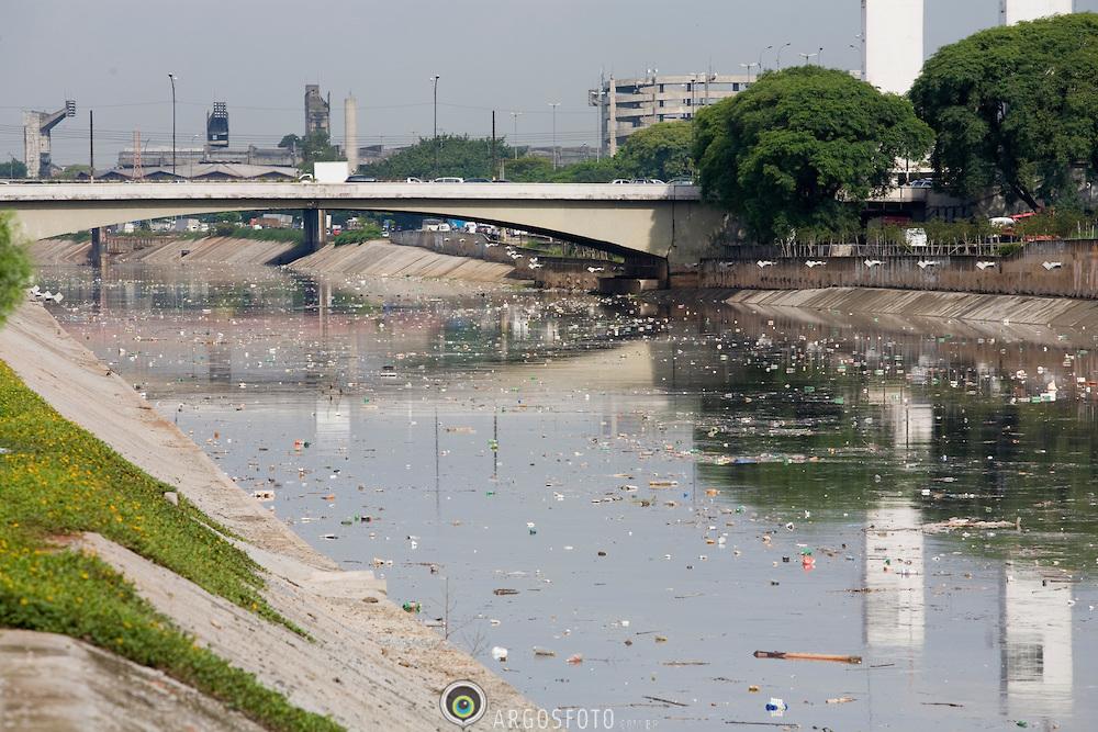 Rio Tiete, SP (Marcos Issa/Argosfoto)