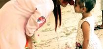 Voluntária e paciente do Hospital Oncológico Infantil, em Belém (PA) - Foto: Divulgação