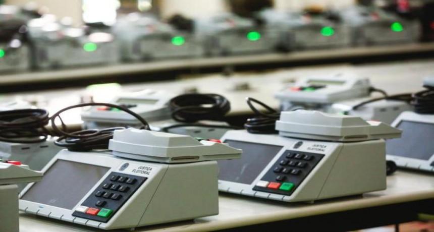 Urnas Eletrônicas sem impressão de voto: eterna desconfiança(imagem internet)