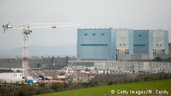 Usina de Hinkley Point, no Reino Unido, é uma das raras usinas em construção na Europa