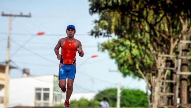 """Roberson Guimarães, médico e maratonista:""""Hoje as pessoas preferem as facilidades""""."""